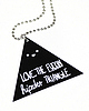 Hipster triangle necklace 75 small
