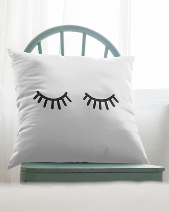 Pillow case with eyes