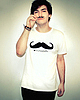 Moustache tee 41 small