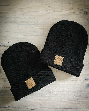 prettysucks patch beanie black