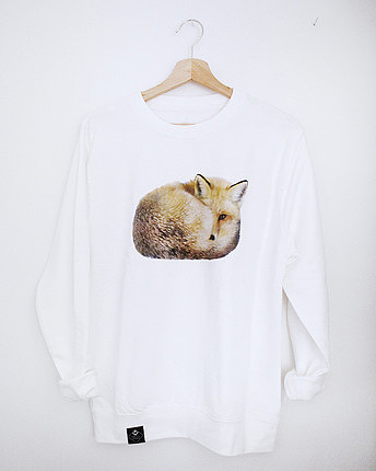 Sleeping Fox Sweater