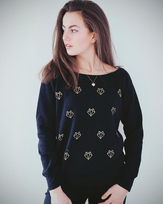 Sweater mit geometrischen Füchsen