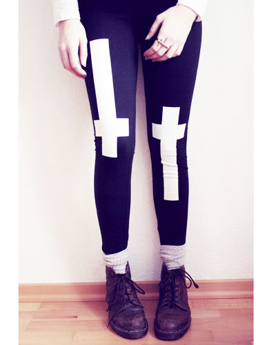 Good or Evil Leggings - LAST CHANCE