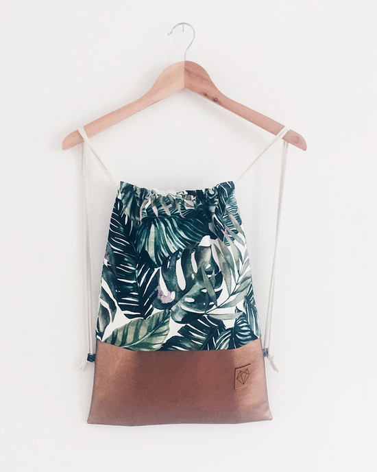 Palm drawstring bag
