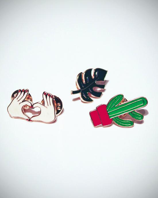 Kaktus - Monstera - Hand - Pins