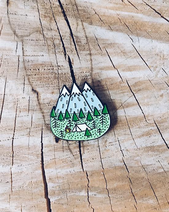 Camping pin