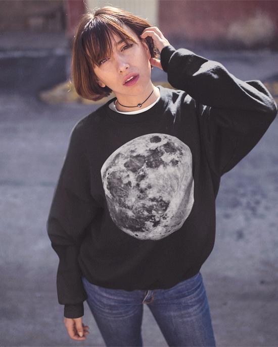 Mond Sweater