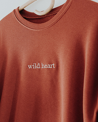 Wild Heart Sweater - gestickt