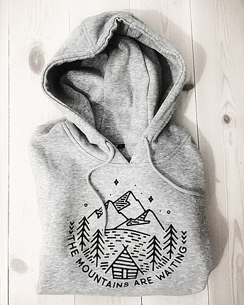 Mountains are waiting Hoodie