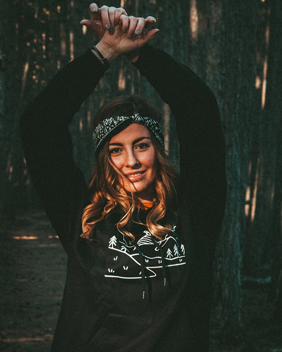 Mountains Hoodie black